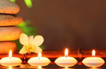 candle_111810059-640x360